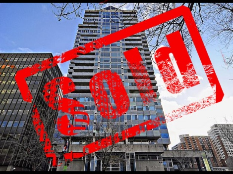 160 George Street - Penthouse 2402 is SOLD by the Condo Queen - Sylvie Begin