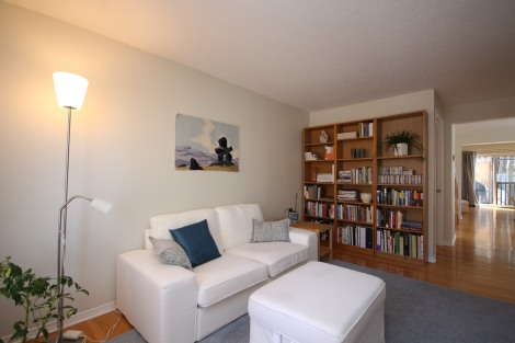 21 16 Summershade - A Rare three level Townhome in the Civic Hospital Community - Sitting Room